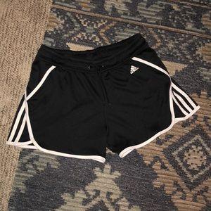 Small active shorts